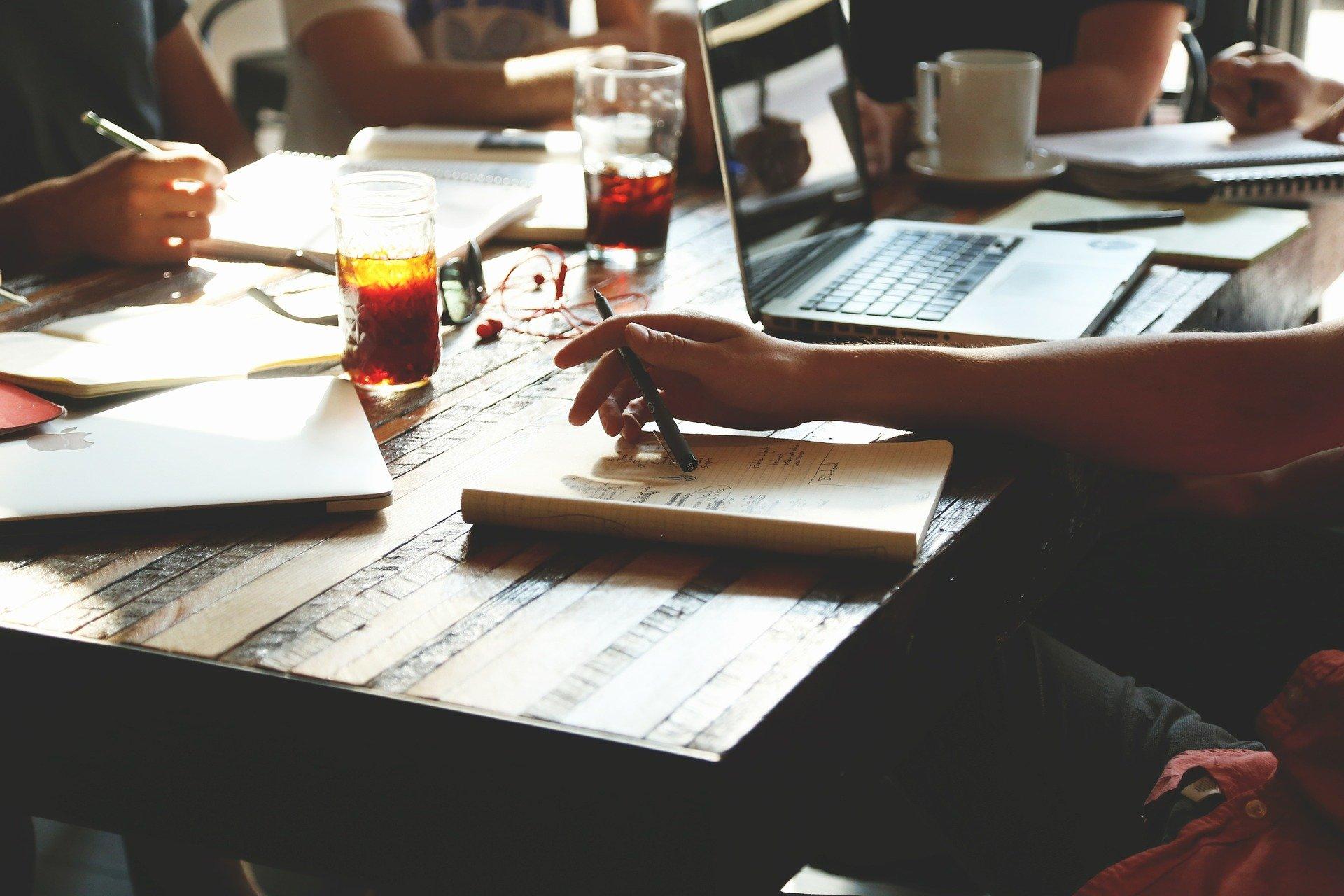 Quelles sont les spécificités du régime micro-entreprise ?
